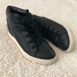 Steve Madden black wedge sneakers